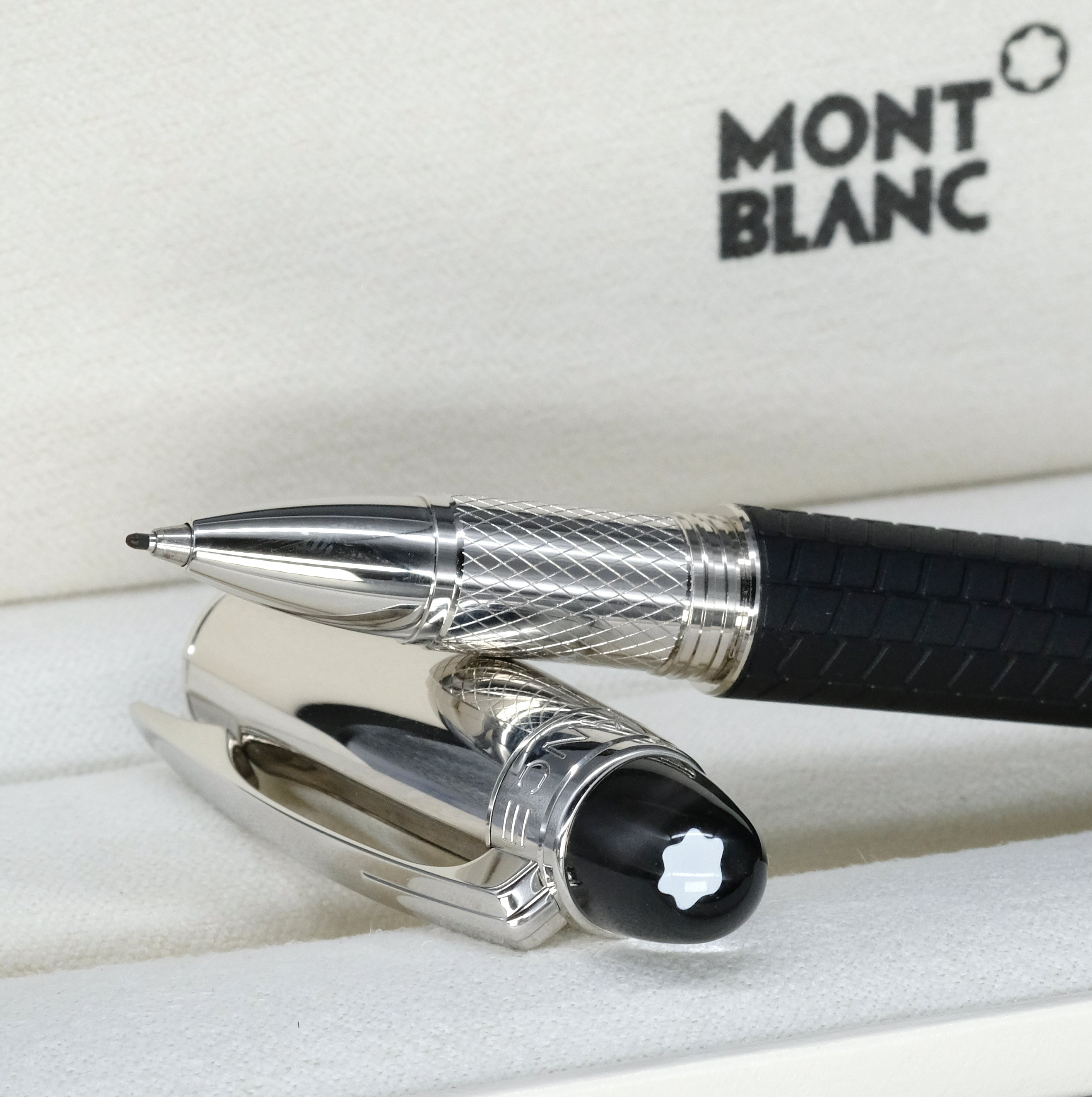 [Brand New Accessories] Montblanc StarWalker Spirit of Racing Fineliner 116915