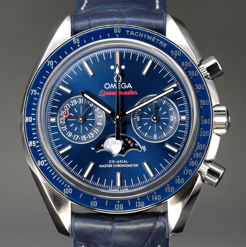 [Brand New Watch] Omega Speedmaster Moonwatch Co-Axial Master Chronometer Moonphase Chronograph 44mm 304.33.44.52.03.001