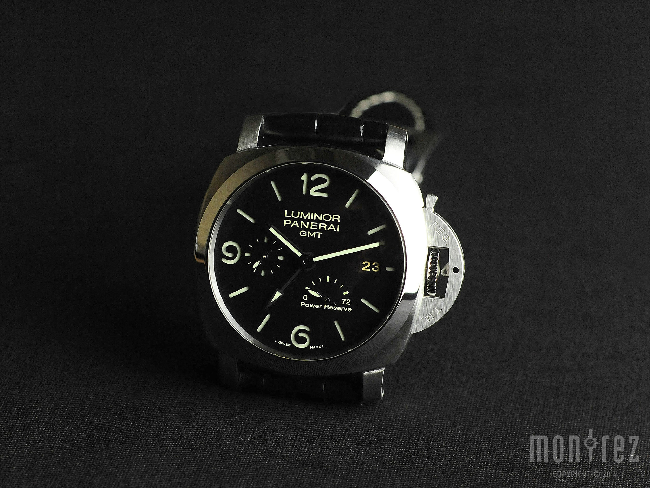 Panerai Luminor Marina 1950 3 Days GMT Power Reserve Automatic 44mm PAM00321 (Out of Production)