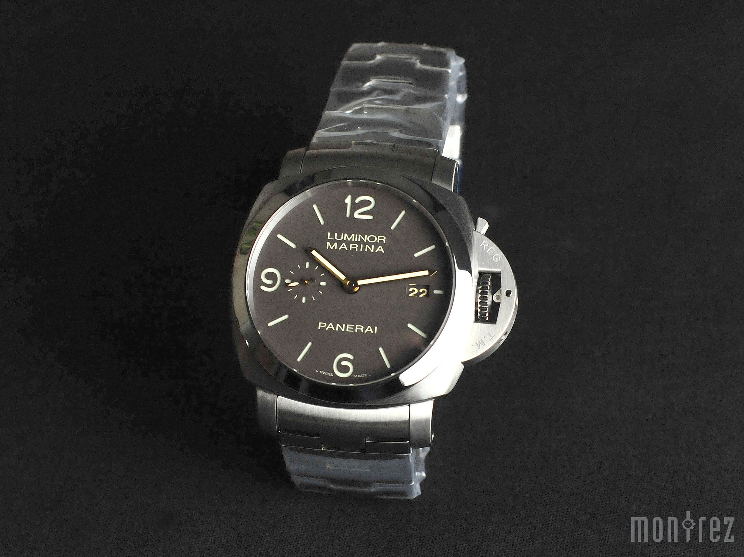 Panerai Luminor Marina 1950 3 Days Automatic Titanio 44mm PAM00352 (Out of Production)
