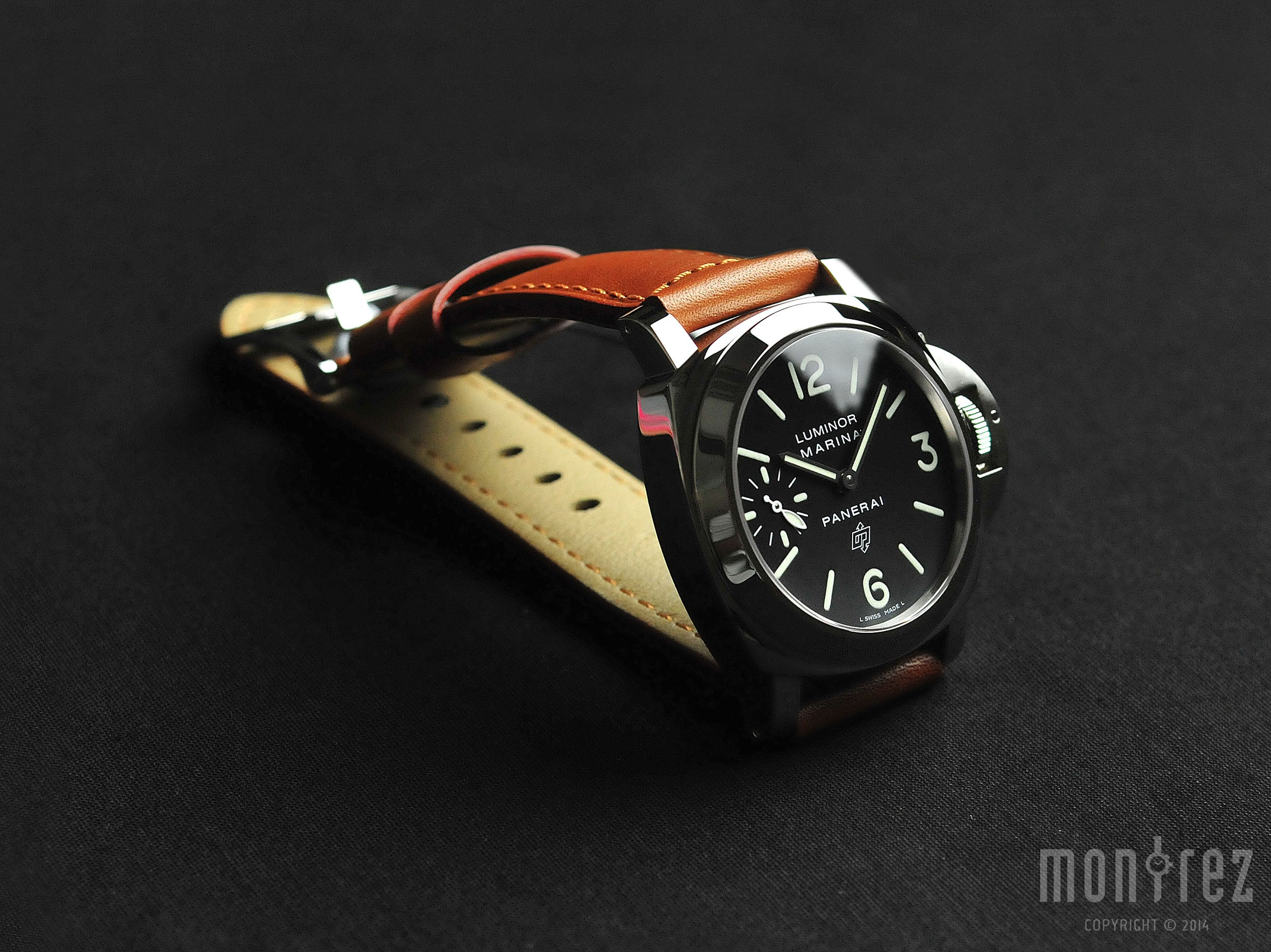 Panerai Luminor Marina Logo 44mm PAM00005 (Out of Production)