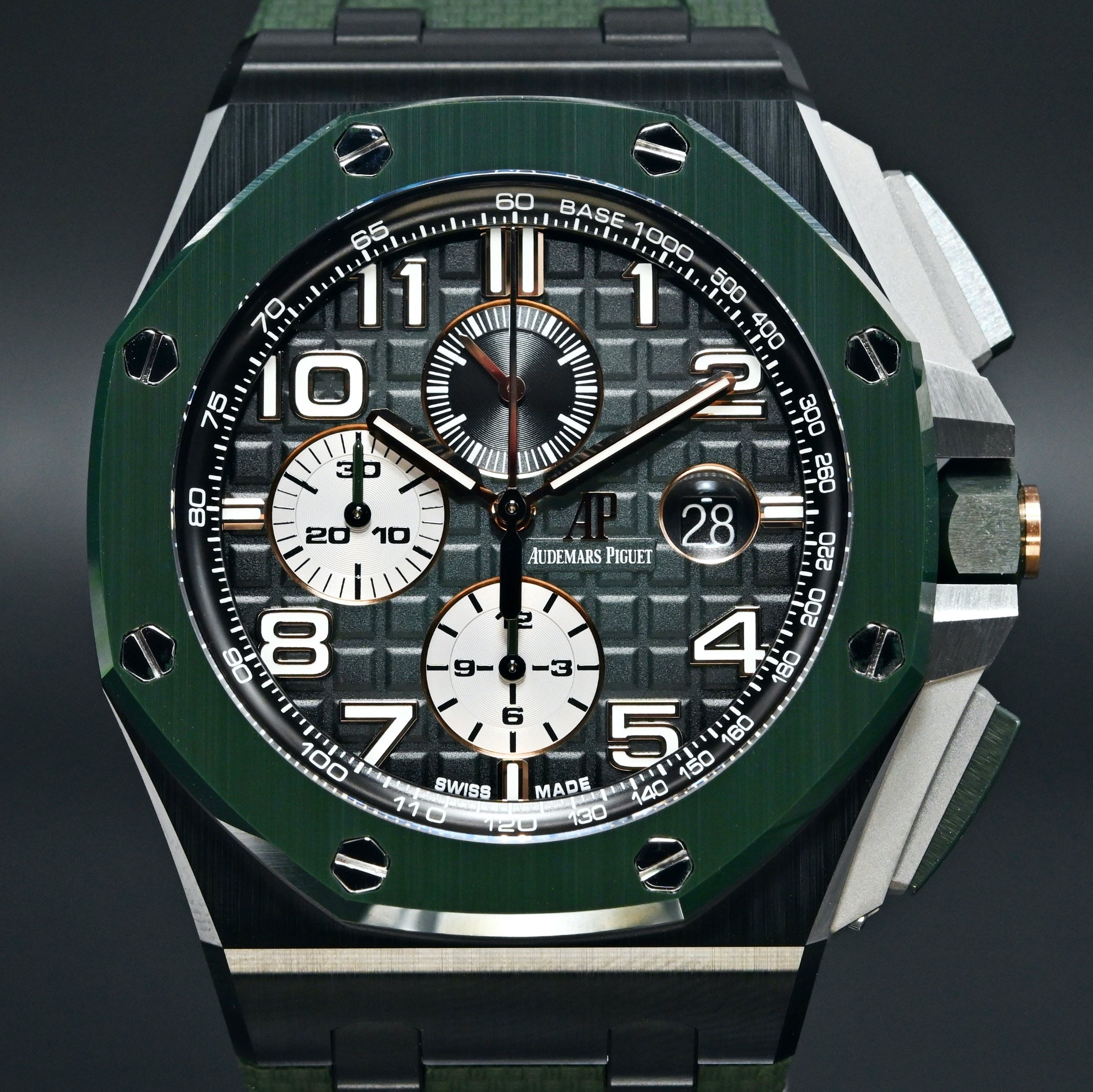 [Brand New Watch] Audemars Piguet Royal Oak Offshore Selfwinding Chronograph 44mm 26405CE.OO.A056CA.01 (2020 Novelty)