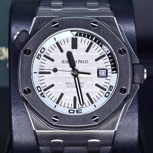 [Pre-Owned Watch] Audemars Piguet Royal Oak Offshore Diver 42mm 15710ST.OO.A002CA.02 (Out of Production)