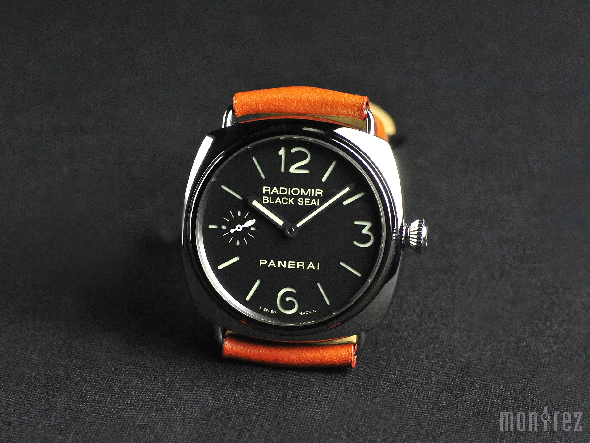 Panerai Radiomir Black Seal 45mm PAM00183 (Out of Production)
