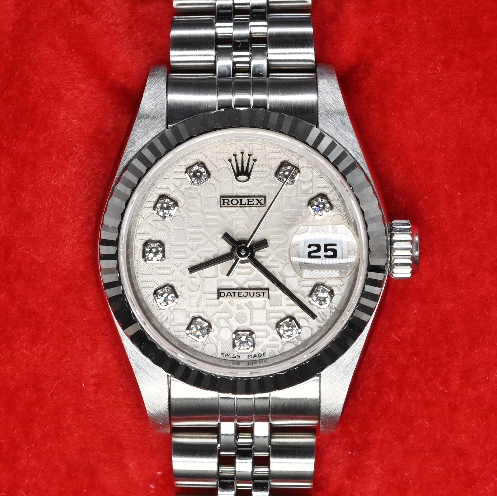 [Pre-Owned Watch] Rolex Datejust 26mm 69174 Silver Jubilee Dial with Diamonds (Jubilee Bracelet) (Out of Production) (400 Hong Kong Authorized Dealer Stock)