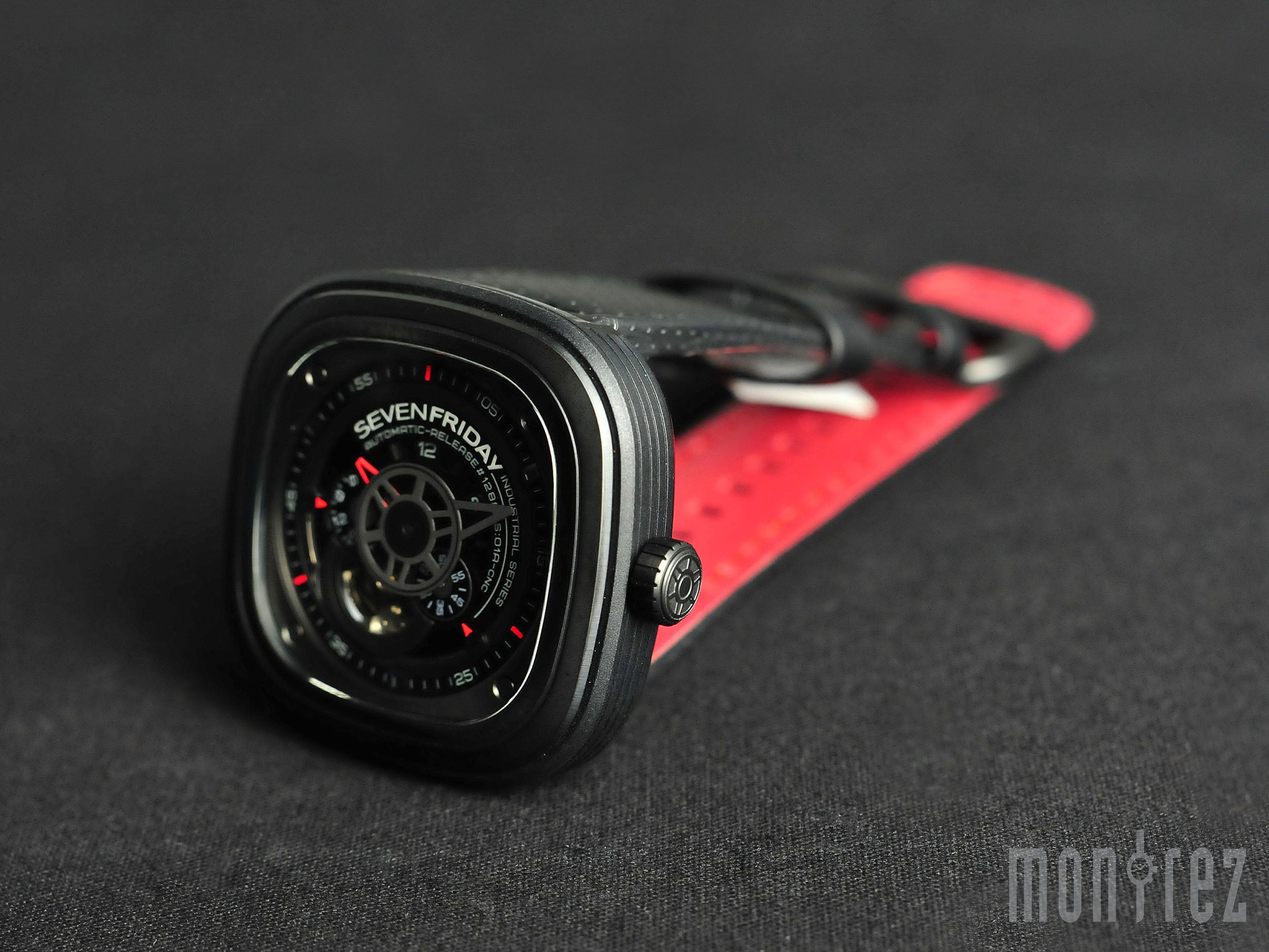 SevenFriday Industrial Engines 47mm P3-1