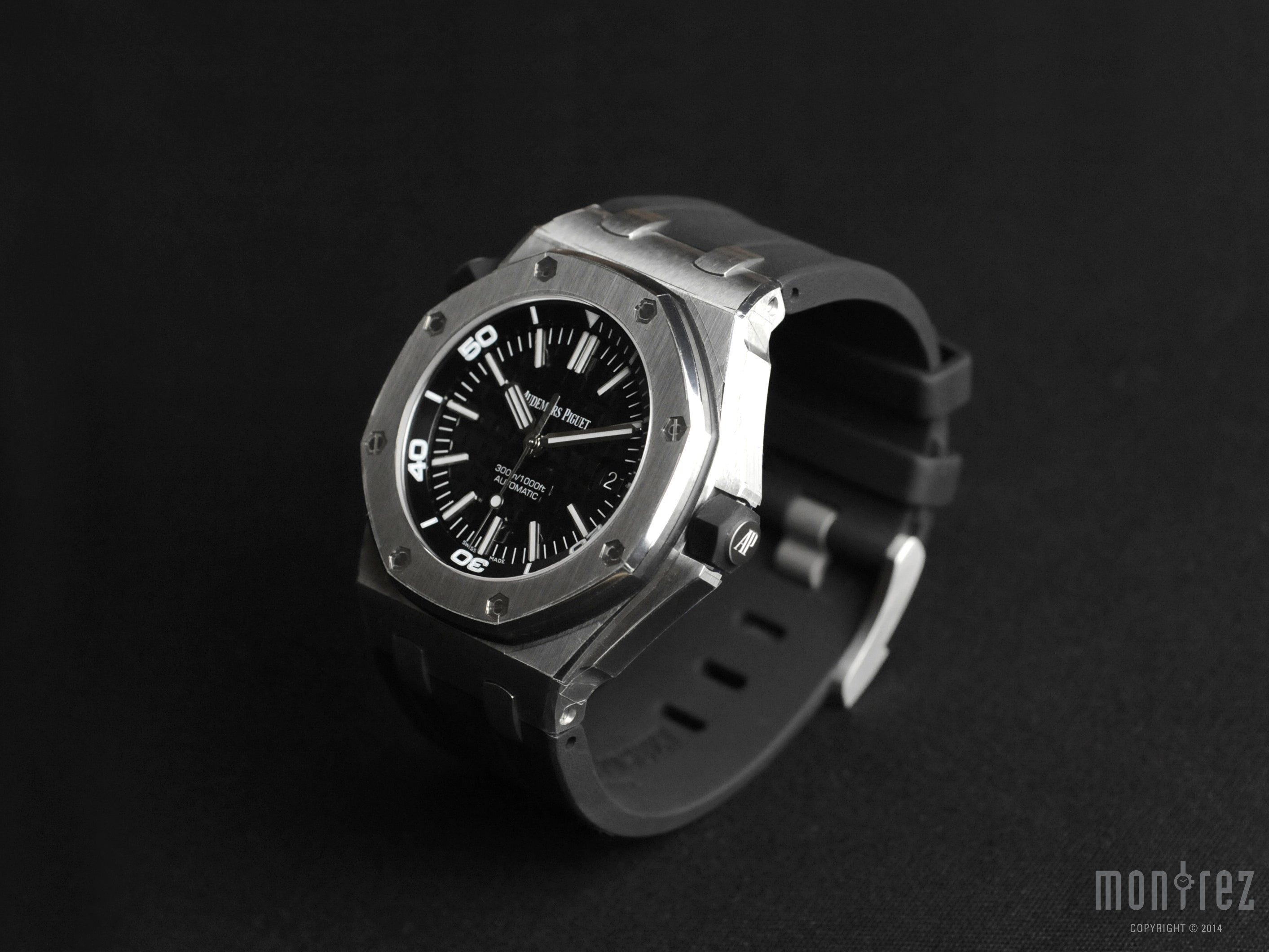 Audemars Piguet Royal Oak Offshore Diver 42mm 15703ST.OO.A002CA.01 (Out of Production)