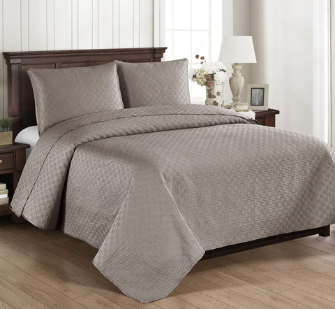 Brielle Home Basketweave Quilt & Sham Set Grey