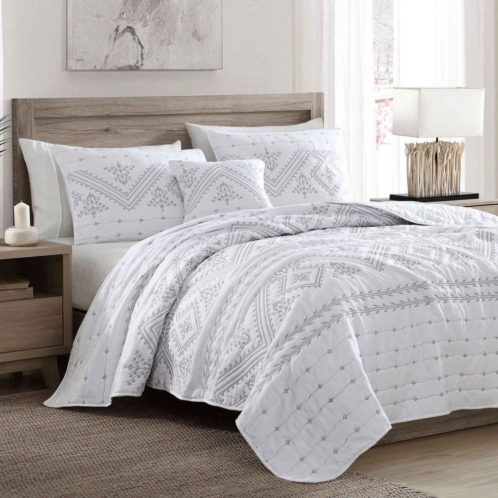 Brielle Home Cross Stitch Quilt Set Silver