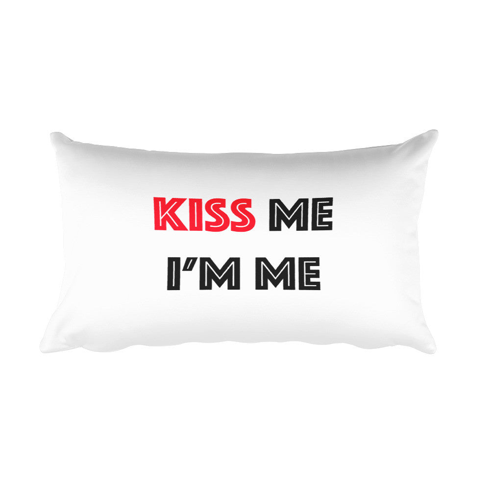 Throw Pillow - Kiss Me I'm Me