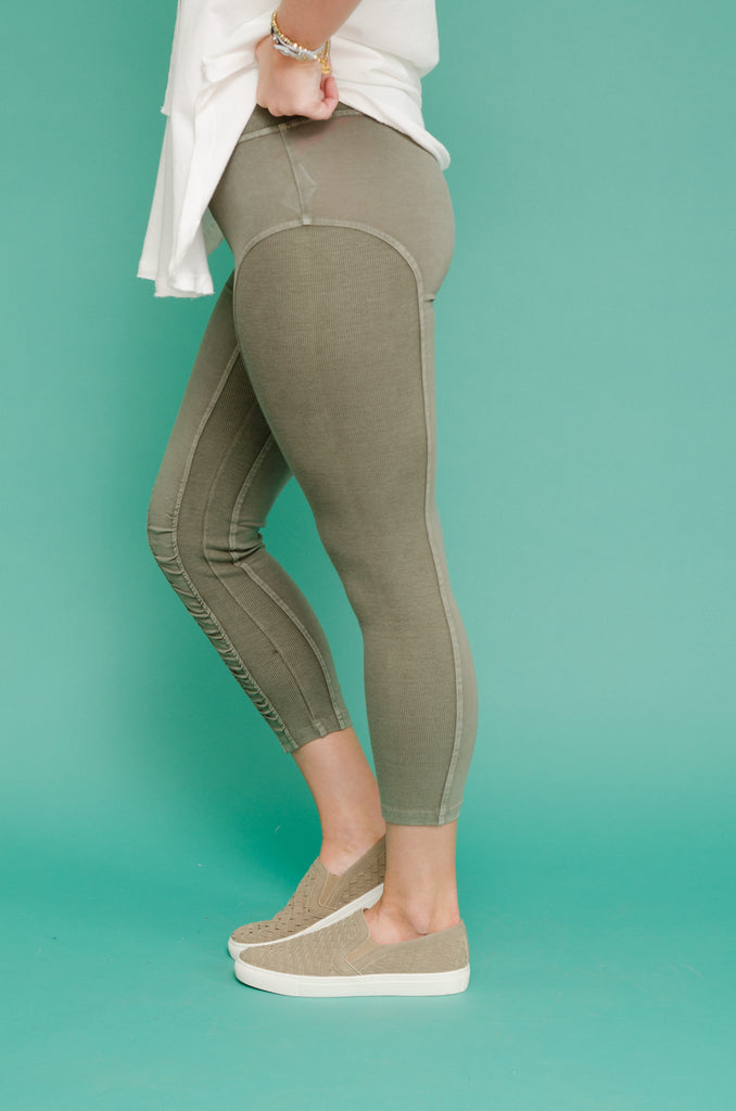 Time to Work Capri Leggings