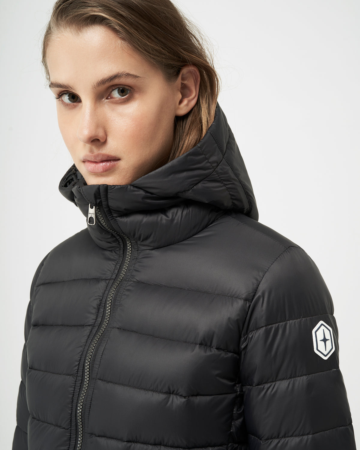 Quartz Co. - Canadian Made Winter Jackets | Women | Lausanne | Women Down Lightweight jacket | Detailed