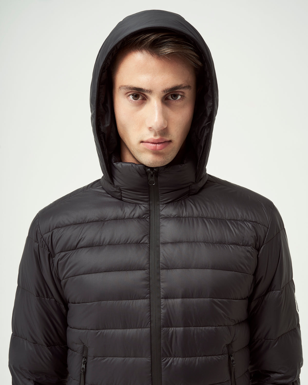 Quartz Co. - Canadian Made Winter Jackets | Lans | Men Down Lightweight Jacket | Detailed