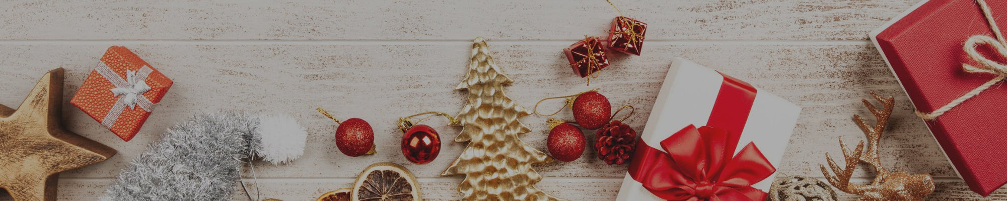 5 Wholesale Christmas Kitchen Decor Pieces to Help Your Customers Serve Holiday Magic