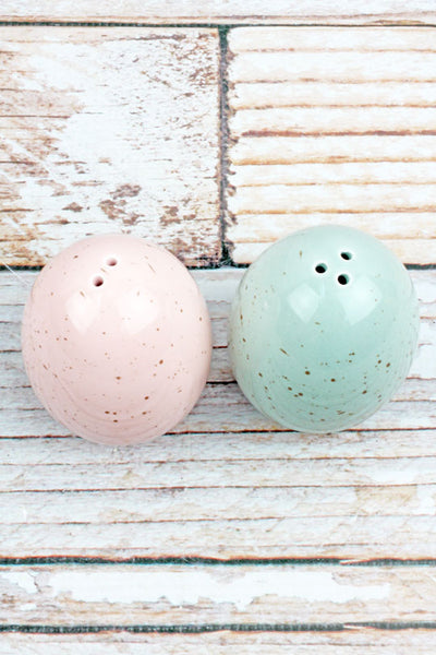 Speckled Egg Salt and Pepper Shaker Set