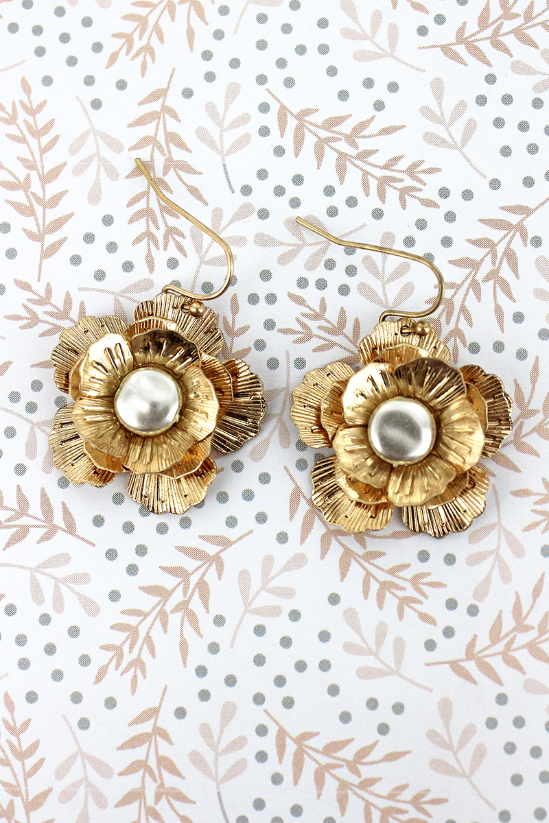 SALE! Crave Pearl Center Goldtone Magnolia Earrings