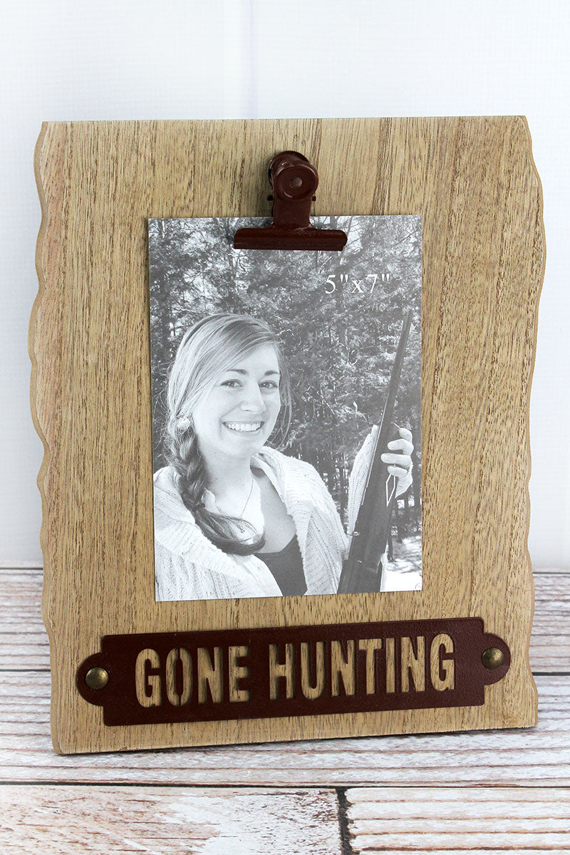 11.5 x 9.5 'Gone Hunting' 5x7 Photo Display