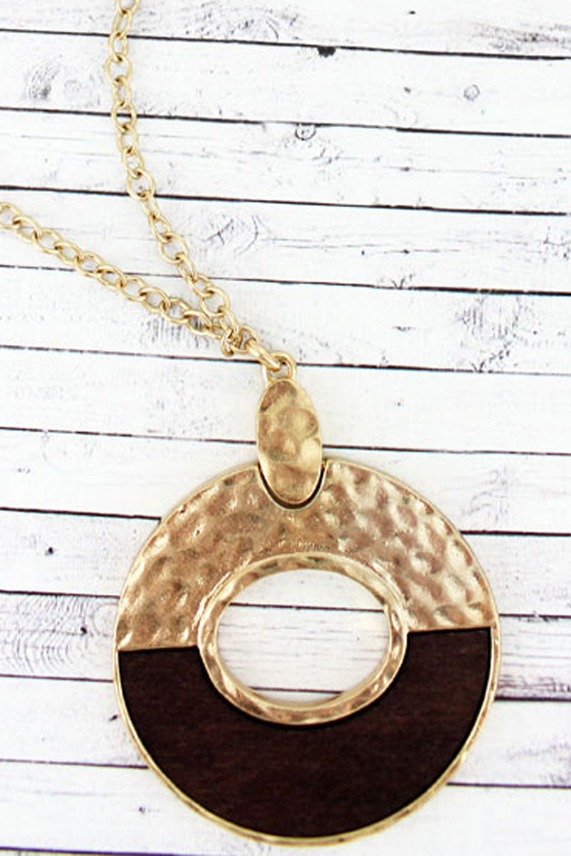 SALE! Hammered Goldtone and Wood Split Circle Necklace