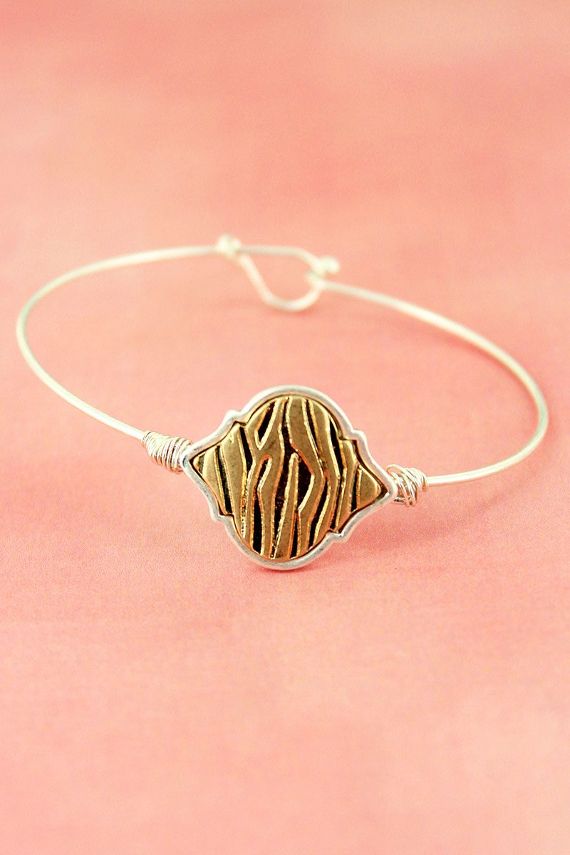 Crave Worn Two-Tone Animal Print Moroccan Bangle