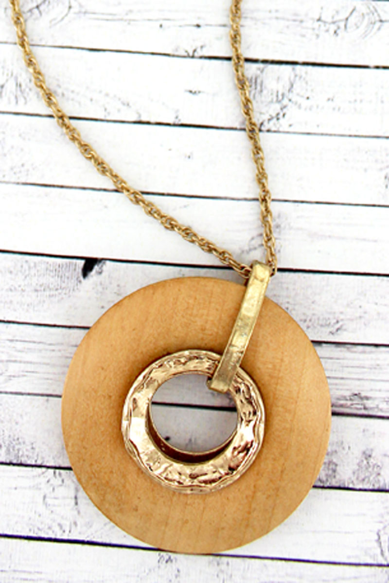 SALE! Crave Ivory Wood and Goldtone Circle Pendant Necklace
