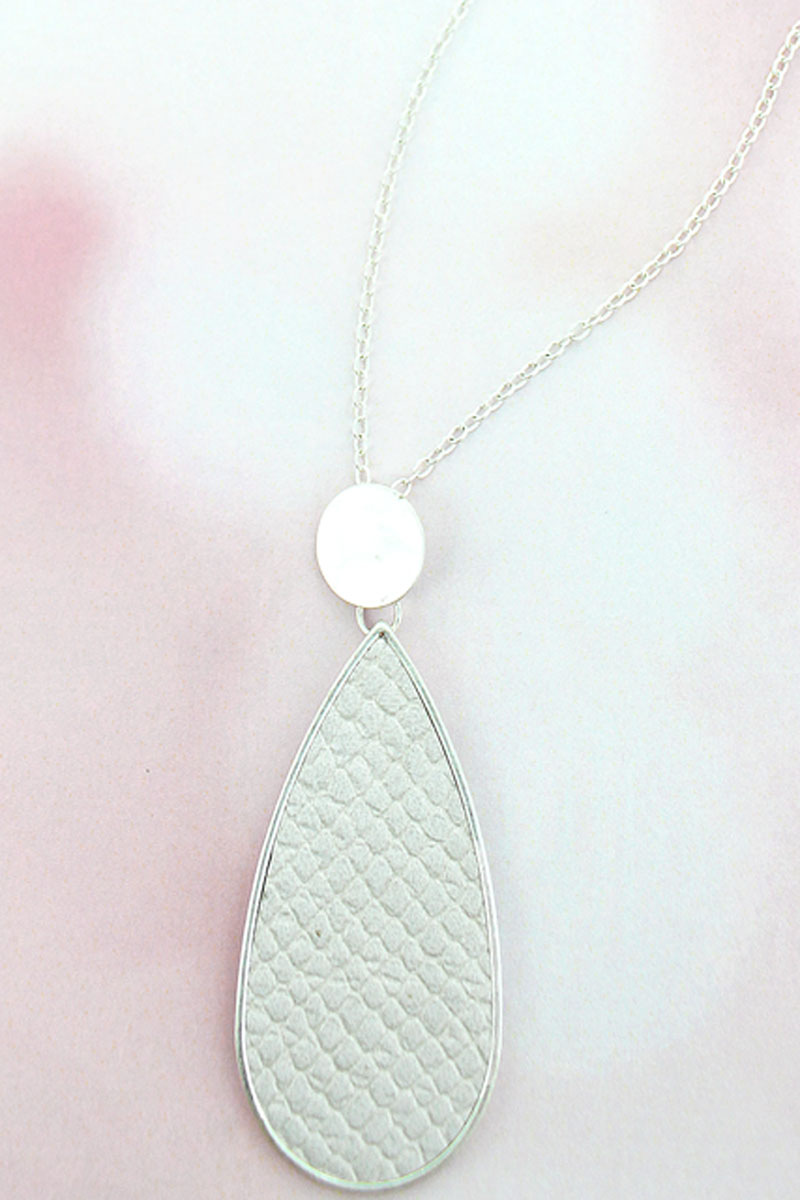 SALE! Silvertone Disk and Gray Python Teardrop Necklace