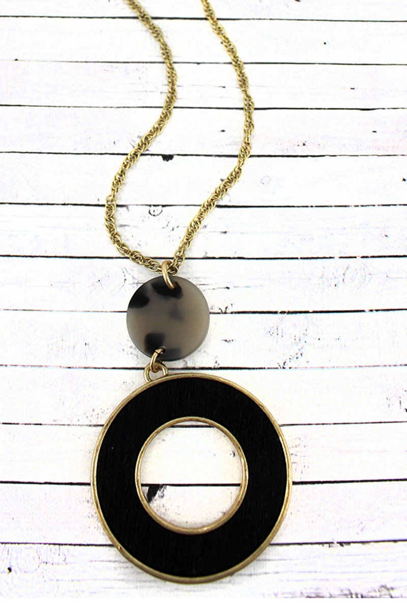 Crave Gray Tortoiseshell Disk and Wood Circle Pendant Necklace