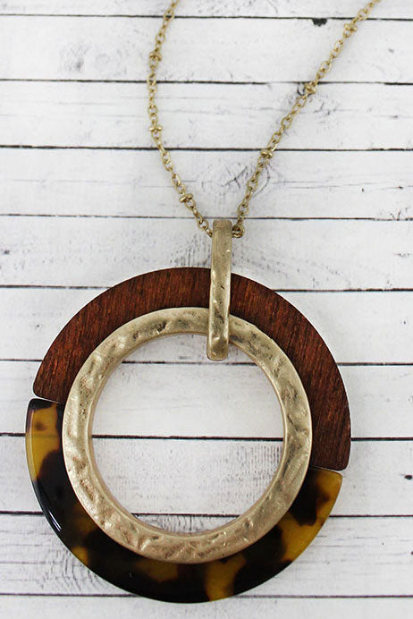 Crave Brown Tortoiseshell and Wood Circle Pendant Necklace