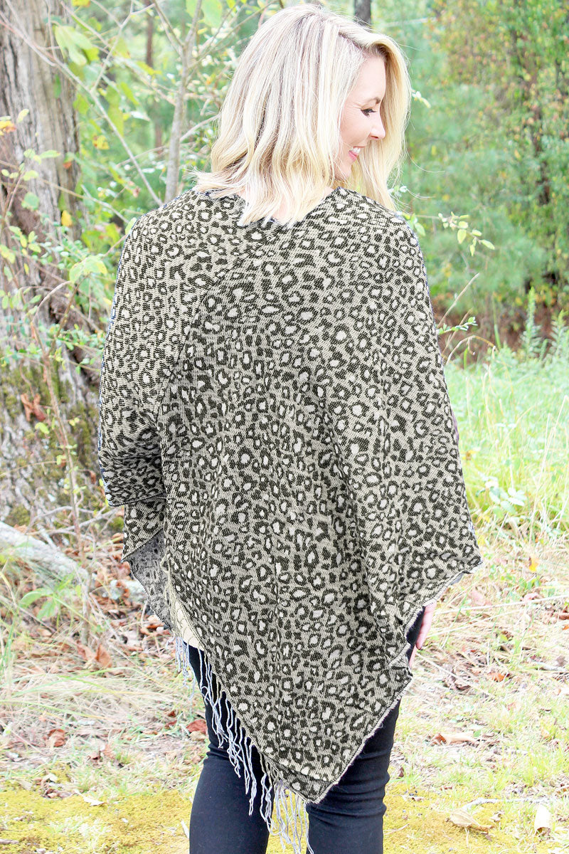 Falling For Leopard Knit Poncho, Gray