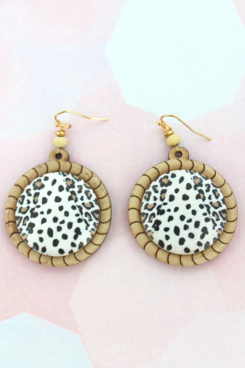 White Cat Stripe Wood Disk Earrings