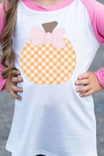Gingham Pumpkin Kid's 3/4 Sleeve Raglan Tee