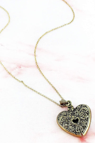 Worn Goldtone 'Mom's Blessing' Heart Message Locket Necklace