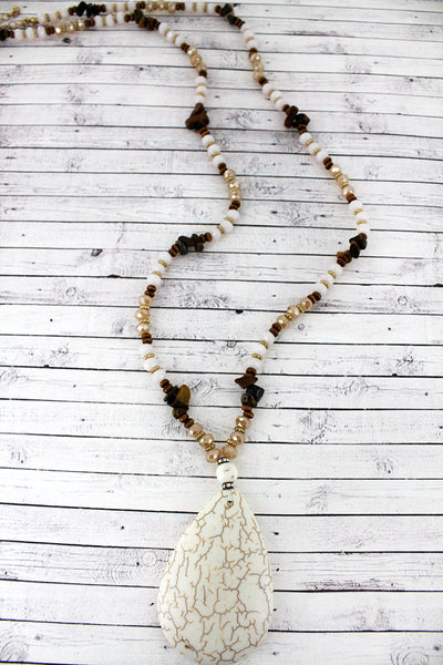 Howlite Stone Teardrop Pendant Beaded Necklace