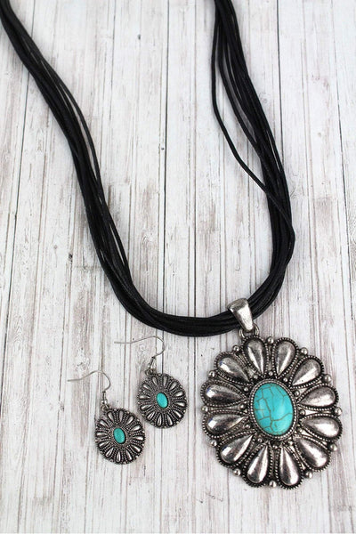 Burnished Silvertone and Turquoise Oval Concho Multi-Cord Necklace and Earring Set