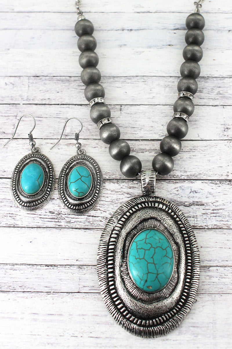 Western Oval Pendant Silver Navajo Pearl Necklace and Earring Set