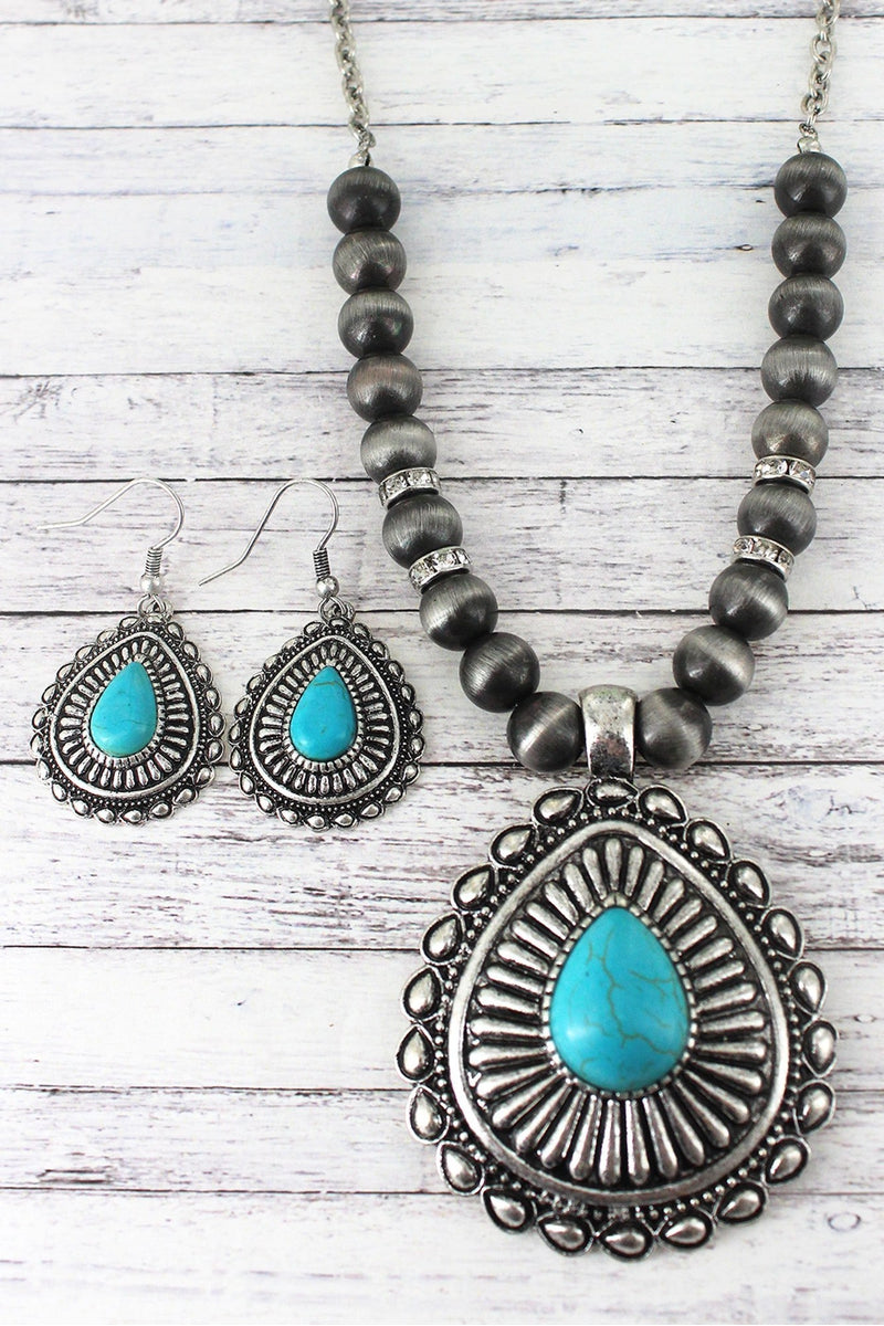 Western Teardrop Pendant Silver Navajo Pearl Necklace and Earring Set