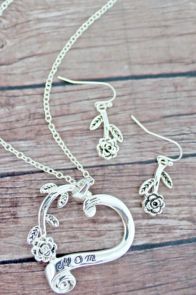 Silvertone 'Mom' Rose Heart Necklace and Earrings Set