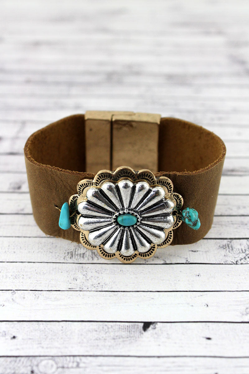 Turquoise Beaded Two-Tone Concho Faux Leather Magnetic Bracelet