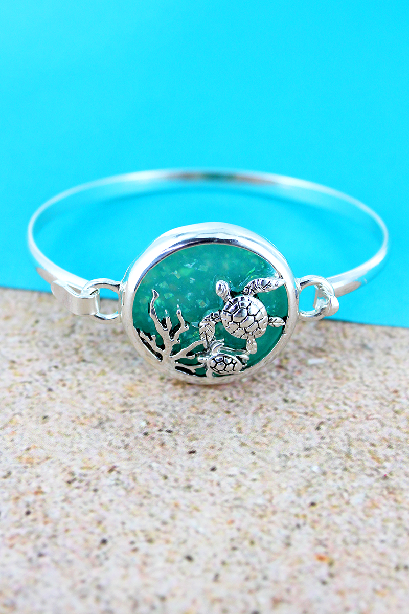 Turquoise Opal and Silvertone Sea Turtle Disk Bracelet