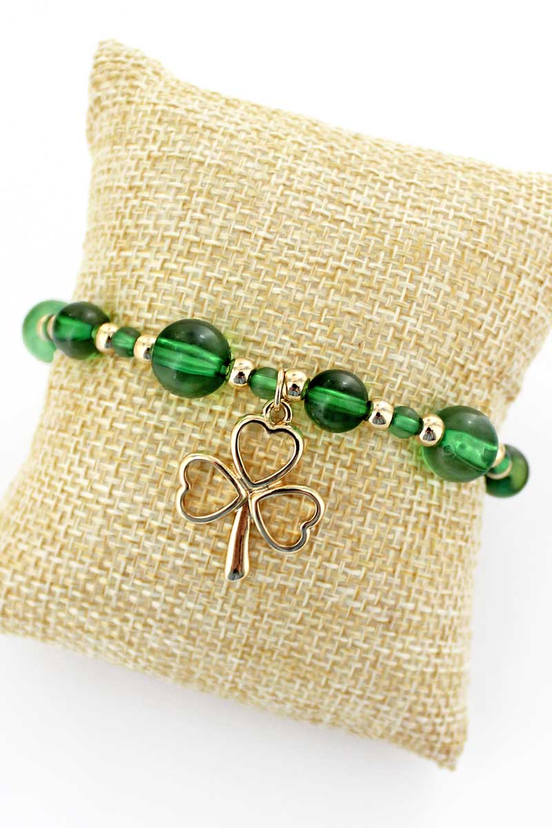 Goldtone Clover Charm Green Beaded Bracelet