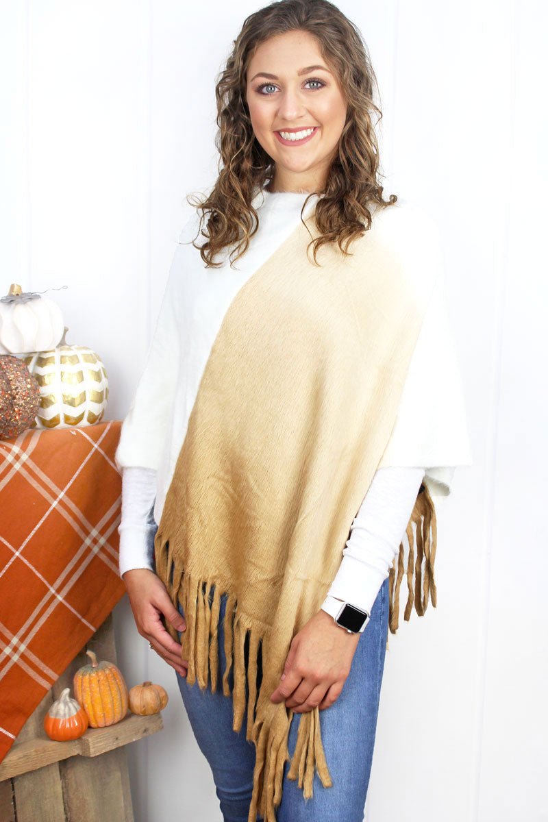 Fade To Winter Poncho, Beige