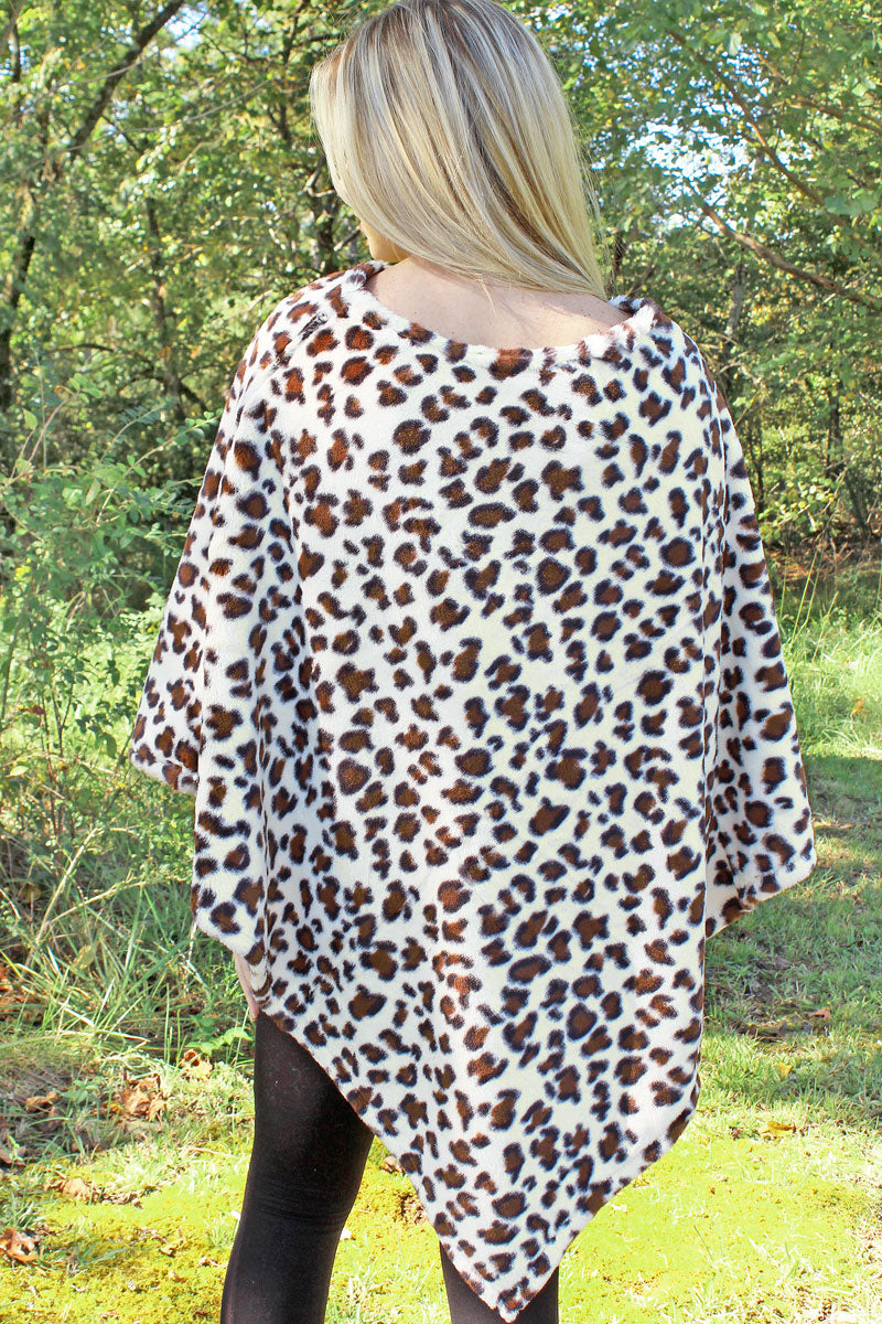The Sassy Cat Faux Fur Poncho, Ivory