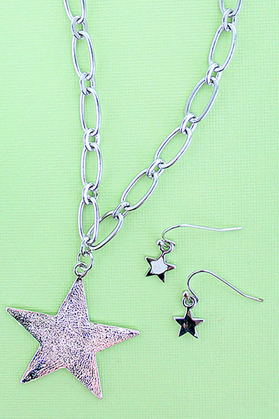 Silvertone Star Necklace and Earrings Set