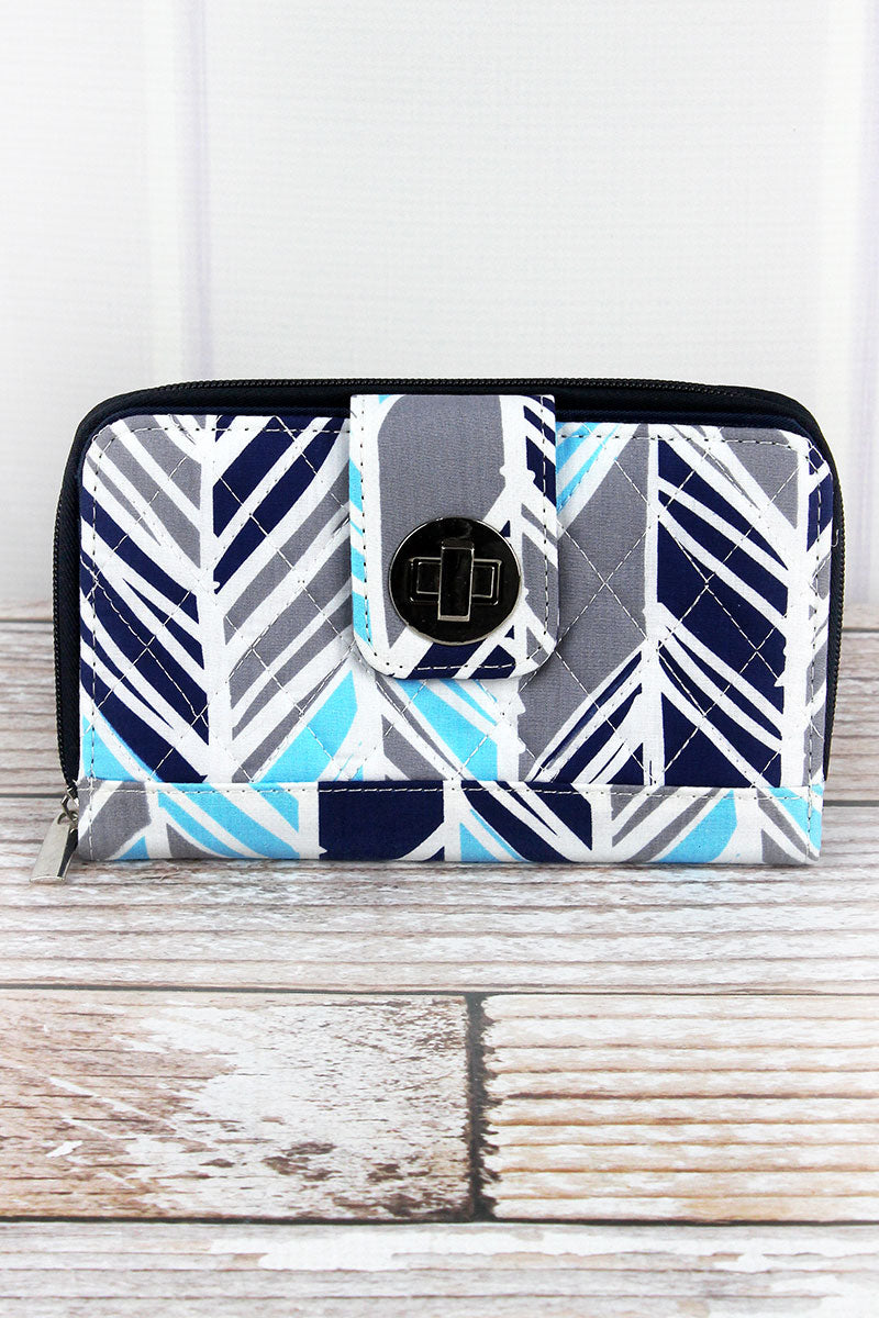 NGIL Seaside Stripes Quilted Organizer Clutch Wallet