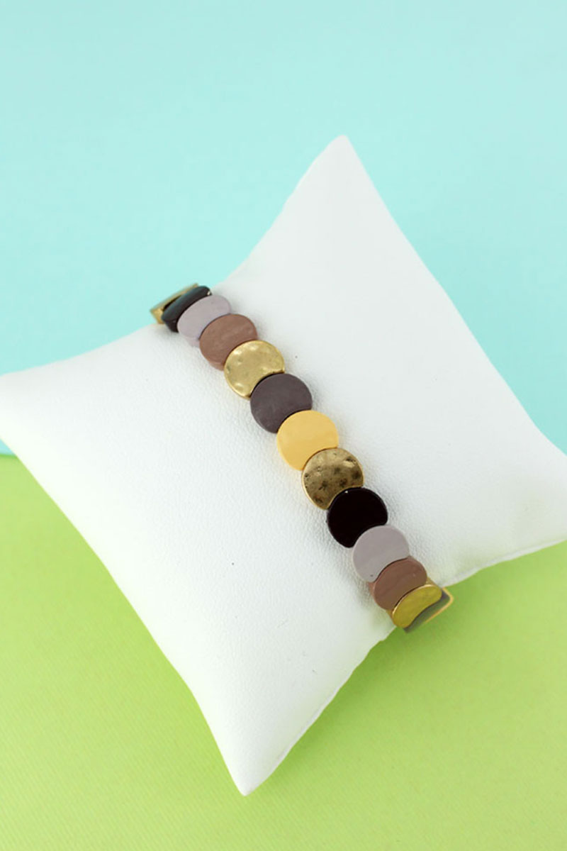 Cream Multi-Color Overlapping Disk Stretch Bracelet