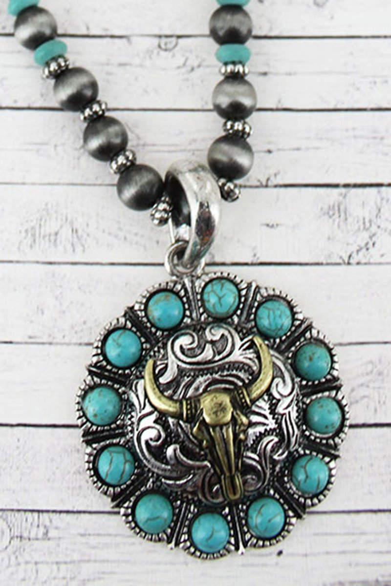 Turquoise Beaded Two-Tone Steer Skull Concho Navajo Pearl Necklace