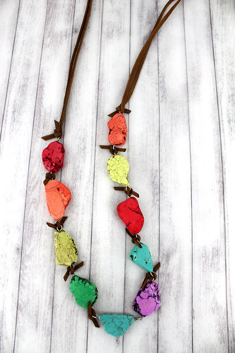 Multi-Color Naja with Oval Charm Chunky Stone Necklace
