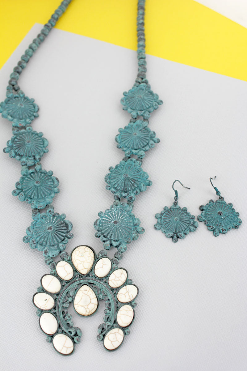 White Beaded Naja and Western Disk Necklace and Earring Set