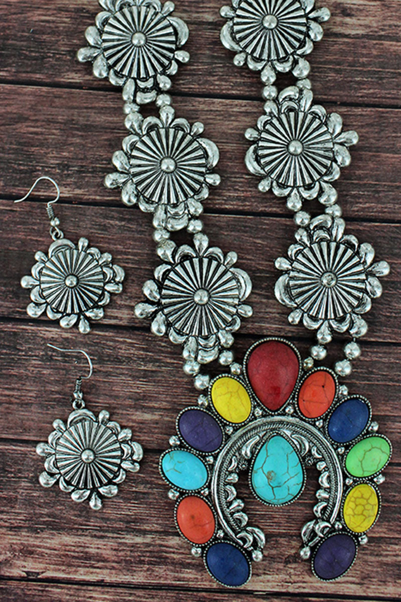 Multi-Color Beaded Naja and Western Disk Necklace and Earring Set