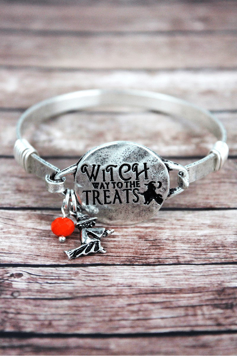 Burnished Silvertone 'Witch Way' Halloween Bracelet
