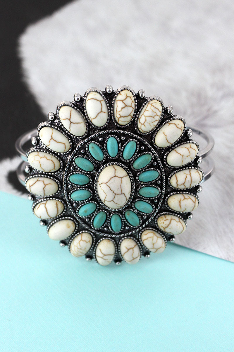 Western White and Turquoise Oval Beaded Concho Hinge Bracelet